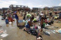 Devastación tras el paso del tifón Haiyan por filipinas