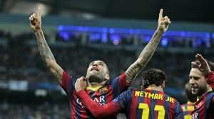 Dani Alves celebra su gol en la noche de ayer. Foto: F.C. Barcelona