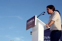 El secretario general de Podemos en un acto de campaña