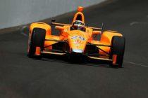 El piloto español Fernando Alonso saldrá quinto en las 500 Millas de Indianápolis.