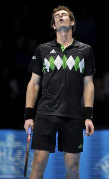 epa02459260 Britain's Andy Murray reacts during his ATP World Tour Finals group B tennis match against Sweden's Robert Soderling at the O2 Arena in London, Britain, 21 November 2010. Murray won the match 2-0, (6-2, 6-4) EPA/ANDY RAIN