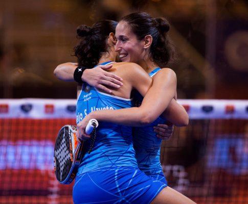 Las hermanas Sánchez Alayeto campeonas del Estrella Damm Master. Foto EFE