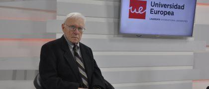 Stanley G Payne en el plató de Europea Media