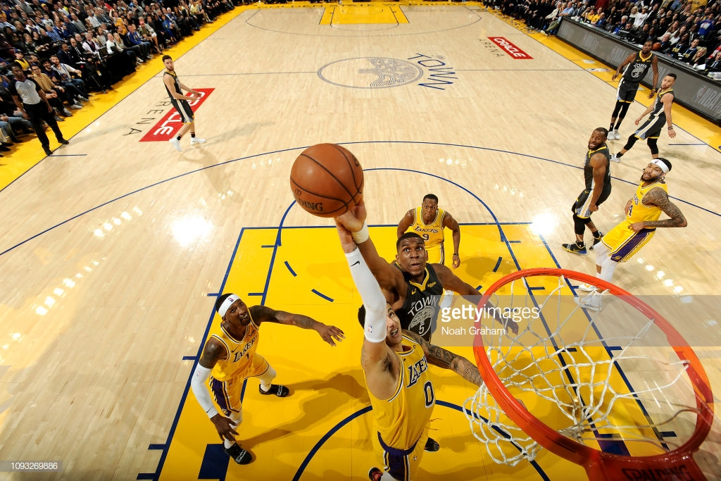 OAKLAND, CA - FEBRUARY 2: Kyle Kuzma #0 of the Los Angeles Lakers shoots the ball against the Golden State Warriors on February 2, 2019 at ORACLE Arena in Oakland, California. NOTE TO USER: User expressly acknowledges and agrees that, by downloading and or using this photograph, User is consenting to the terms and conditions of the Getty Images License Agreement. Mandatory Copyright Notice: Copyright 2019 NBAE (Photo by Noah Graham/NBAE via Getty Images)