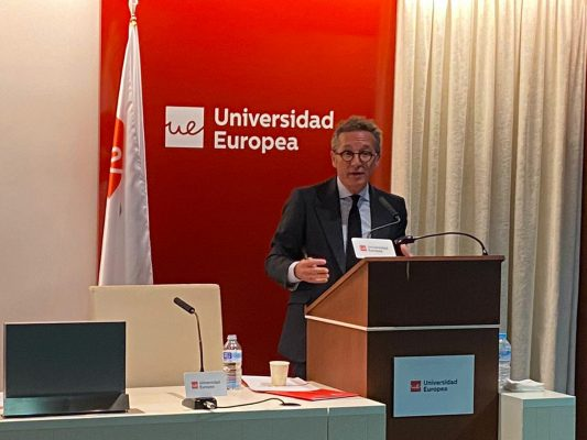 José Mª Lassalle en la inauguración de las Jornadas de Relaciones Internacionales