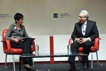Ernesto Zedillo con la Rectora Isabel Fernández